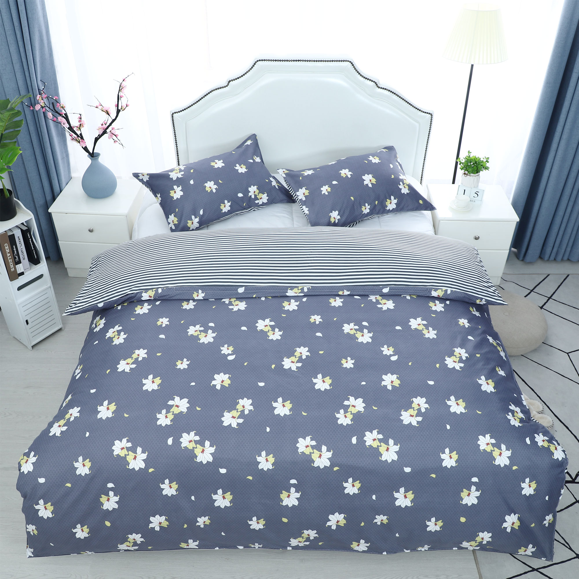 3pcs Duvet Cover Sets(1 Duvet Cover + 2 Pillow Shams) Full, Petunia Pattern