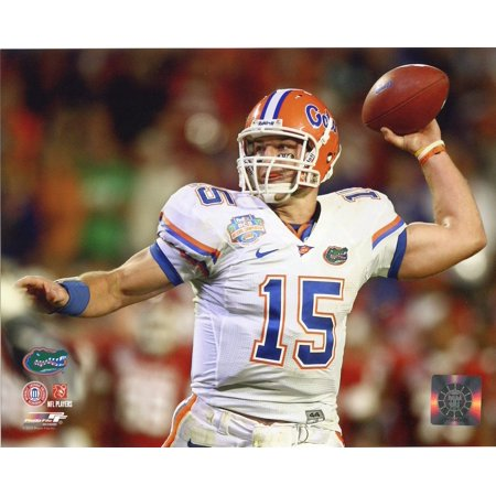 - Tim Tebow University of Florida Gators 2009 Action Football Photo Print (8 x 10), Size - 8 x 10 By Photo File,USA