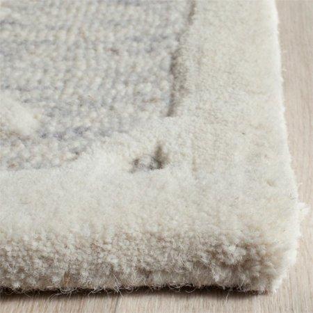 Safavieh Cambridge 6' Round Hand Tufted Wool Rug - image 2 de 10