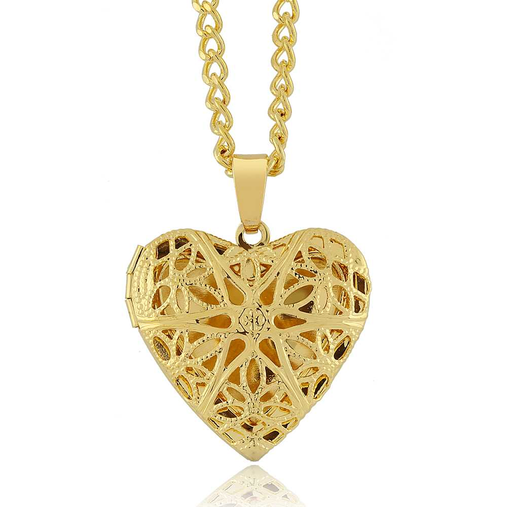"1"" Gold Tone Filigree Heart Shaped Locket Pendant Necklace With 18"" Chain"
