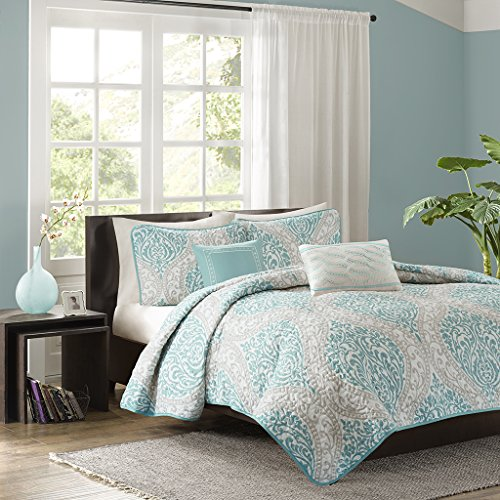 Home Essence Apartment Chelsea Coverlet Set by E&E Co.