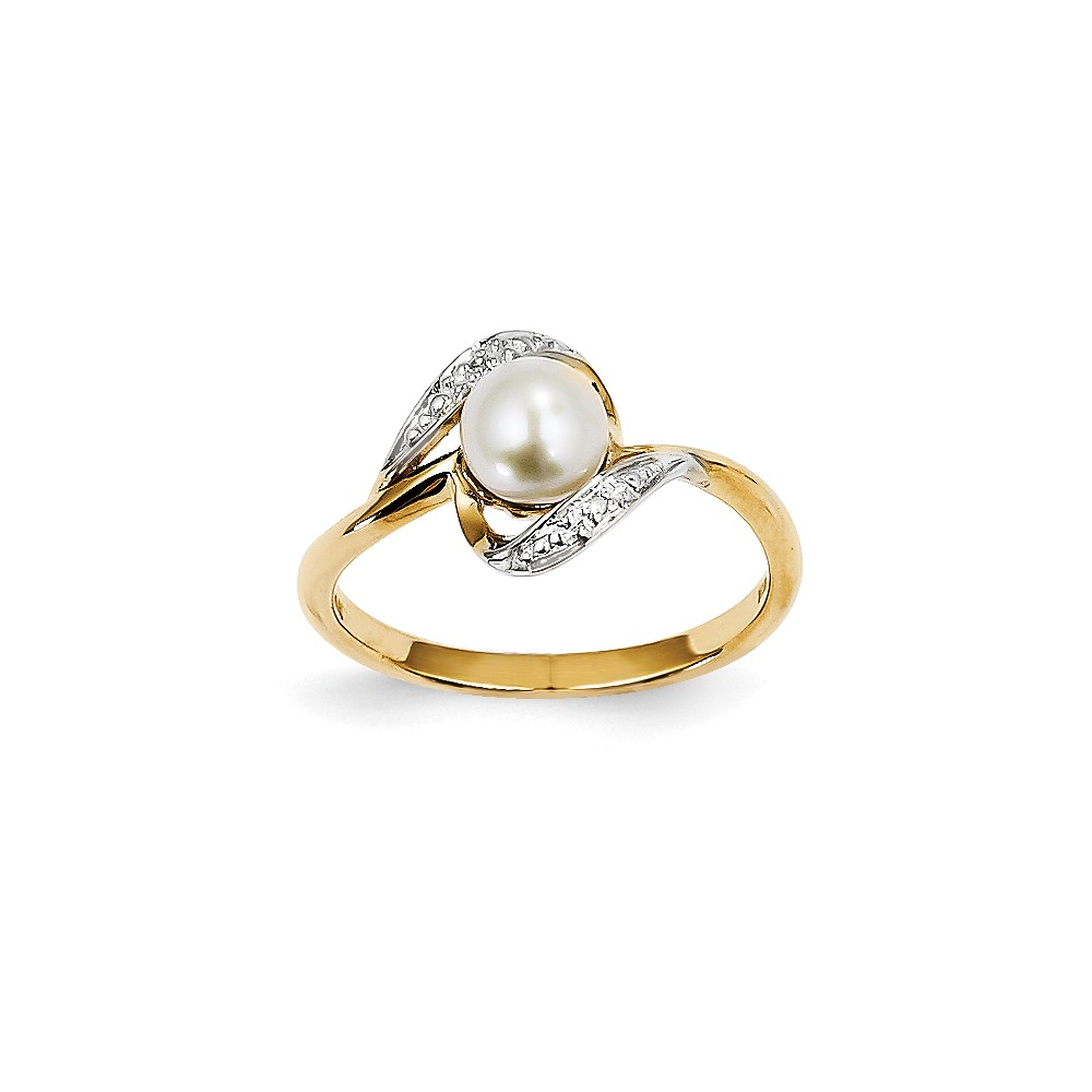 14k Yellow Gold Diamond and Freshwater Cultured Pearl Ring
