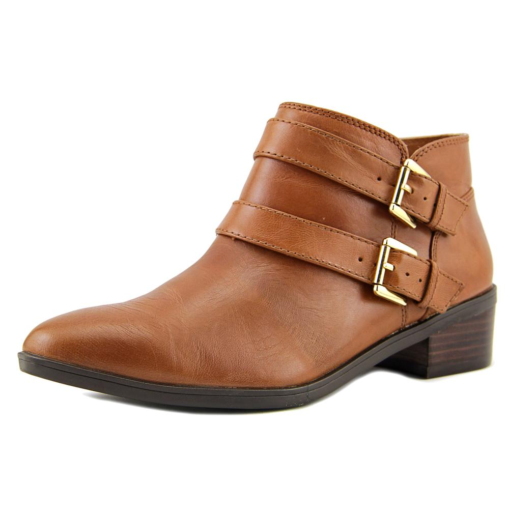 Click here to buy Bella Vita Frankie N S Round Toe Leather Bootie by Bella Vita.