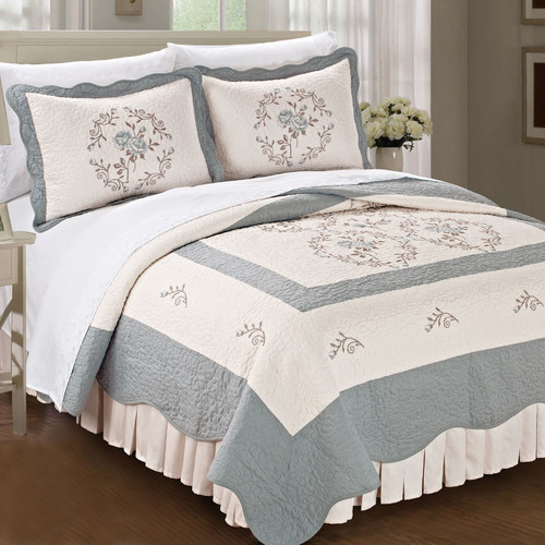 Serenta Roses Quilted 3 Piece Coverlet Set