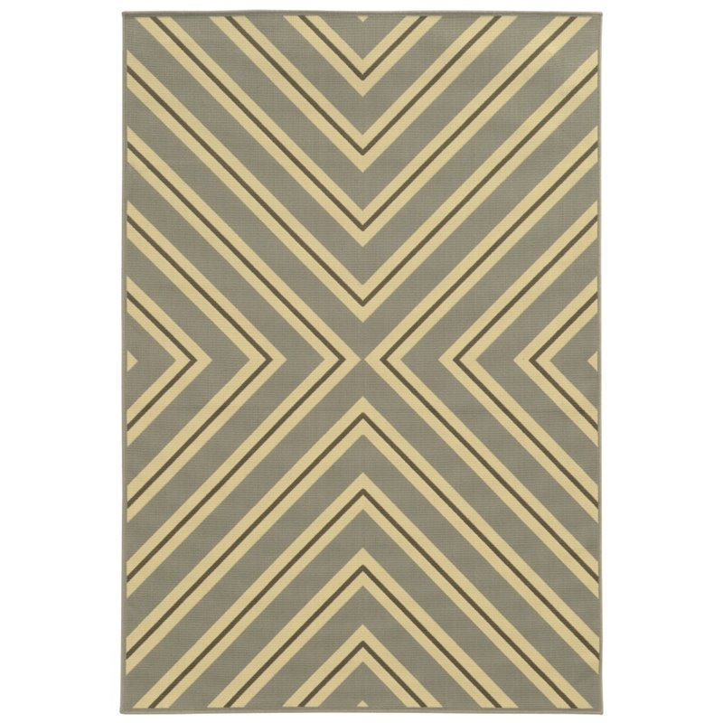 "Oriental Weavers Riviera 3'7"" x 5'6"" Machine Woven Rug in Gray"