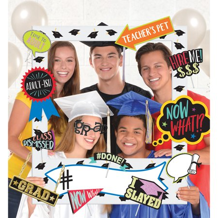 Party City 2019 Graduation Super Photo Booth Kit, Includes Props, Head Bopper, and Scene Setter - Head Boppers Wholesale