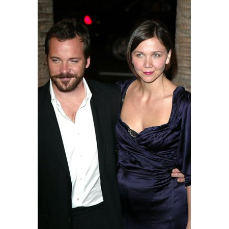 Peter Sarsgaard And Maggie Gyllenhaal At Arrivals For Jarhead Premiere The Arclight Hollywood Cinema Los Angeles Ca October 27 2005 Photo By Jeremy MontemagniEverett Collection Celebrity - Hollywood 16 Cinema