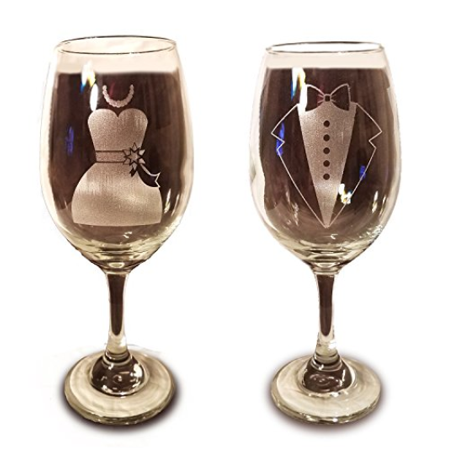 Laser Engraved Bride and Groom Glasses - 20 oz Wine Glasses - Wedding Toasting Set of 2 - Couples Gifts - Engagement Gift - Original Wedding Gifts - Custom