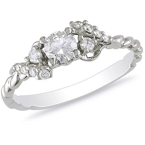 1/2 Carat T.W. Diamond Fashion Ring in 14kt White Gold