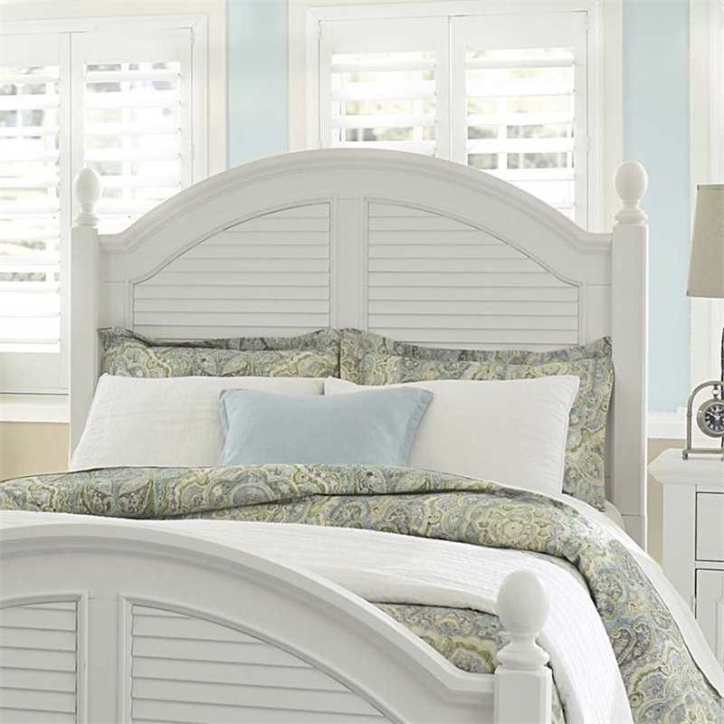 Liberty Furniture Summer House I King Poster Headboard in Oyster White