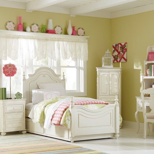Charlotte Low Poster Bed - Antique White