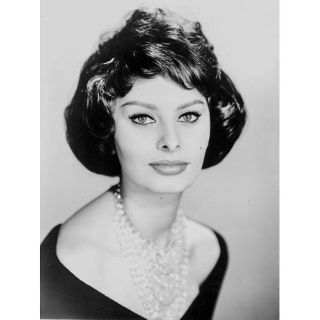 Sophia Loren wearing a Scoop-Neck Dress with Necklace in a Close Up Portrait Print Wall Art By Movie Star News (Movie Characters To Dress Up As Easy)