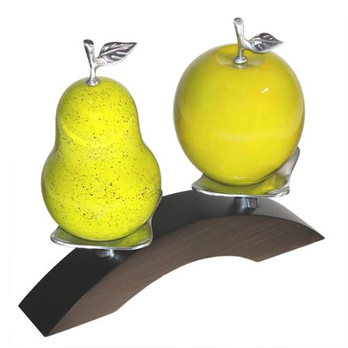 Artesana Apple and Pear on Wooden Twin Bridge with Pewter Platforms Pear+Apple in Green on Pewter Bridge