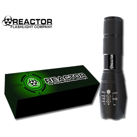 REACTOR EXTREME Flashlight X800 Tactical Blind Your Attacker