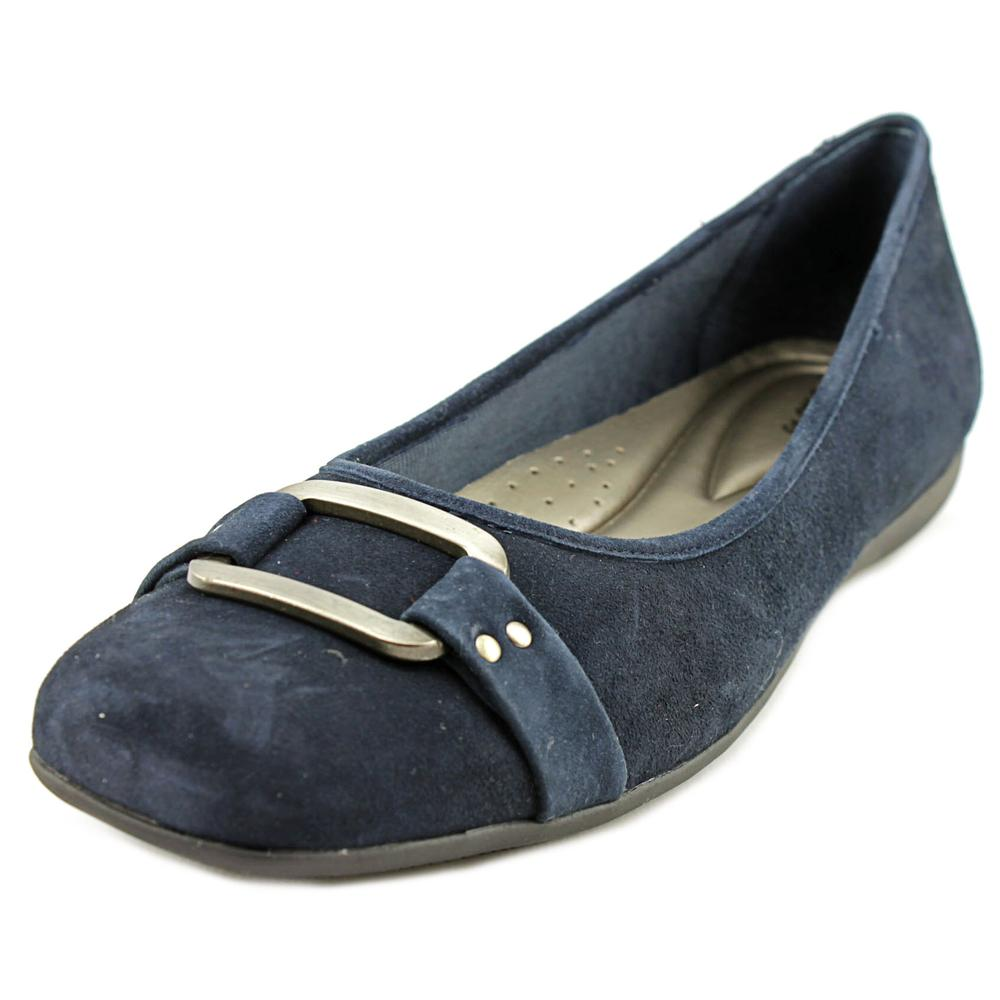 Trotters Sizzle Signature Women SS Round Toe Suede Blue Flats by Trotters
