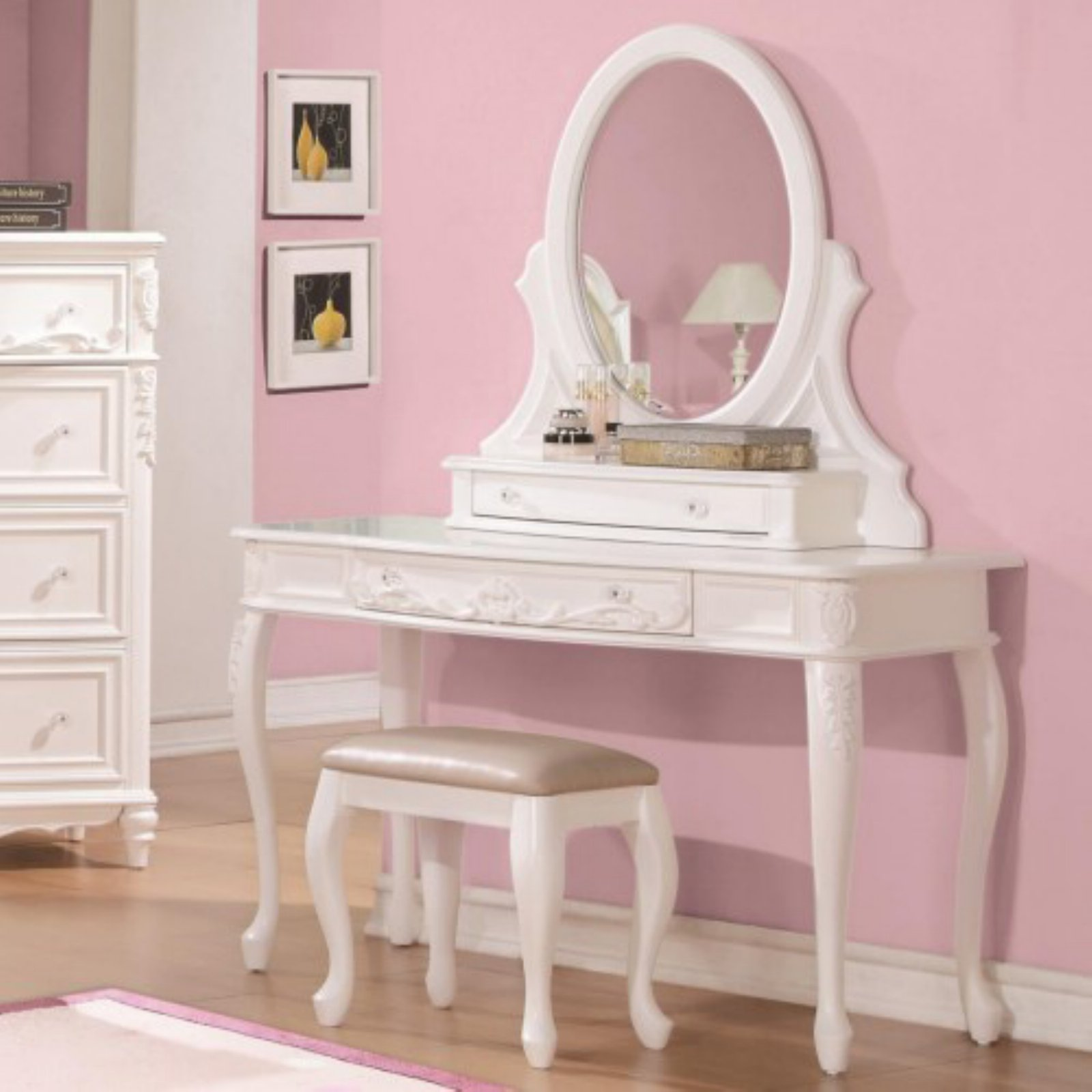 Click here to buy Coaster Company Caroline Collection Vanity Mirror, White Painted by Coaster Company.