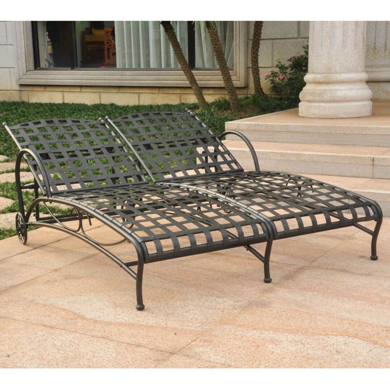 International Caravan Santa Fe Iron Metal Double Multi Position Chaise Lounge