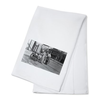 Rocklin  California   Couple By Wagon Outside A Western Union Exchange  100  Cotton Kitchen Towel