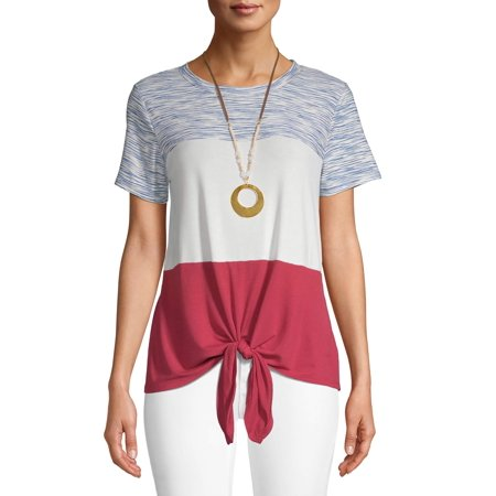 - Women's Americana T-Shirt with Necklace