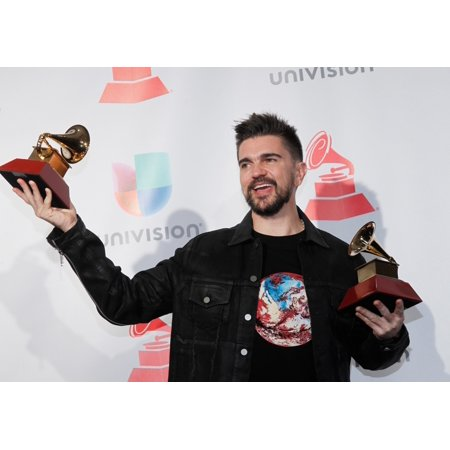 Juanes In The Press Room For 18Th Annual Latin Grammy Awards Show - Press Room Mgm Grand Garden Arena Las Vegas Nv November 16 2017 Photo By JaEverett Collection Celebrity](Las Vegas Halloween 2017 Pics)