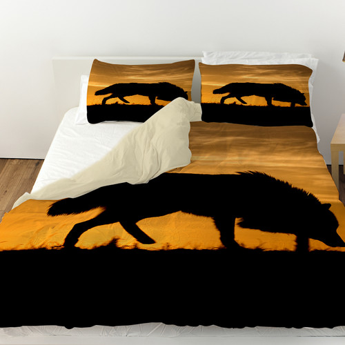 Manual Woodworkers & Weavers Wolf Silhouette Duvet Cover