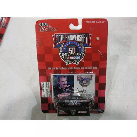 50th Anniversary Nascar - Derrike Cope - #30 Gumout 1:64 scale car - with Trading Card](Nascar Toy Cars)