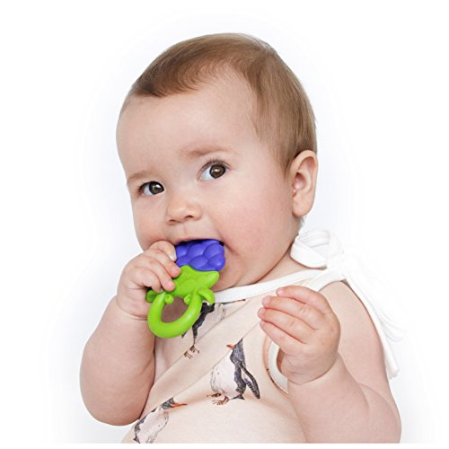 NUBY Fruity Chews Ring Teether, Colors May Vary