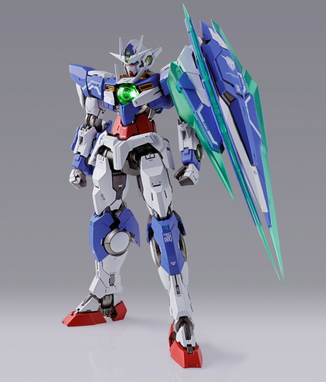Metal Build 00 Qan[T] Mobile Suit Gundam by Bandai