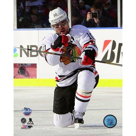 Patrick Sharp 2015 NHL Winter Classic Action Photo Print (Patrick Sharp Halloween Flower)