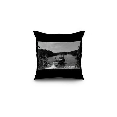 Wisconsin Dells, Wisconsin - SS Winnebago Photograph (16x16 Spun Polyester Pillow, Black (Wisconsin Dells Photos)
