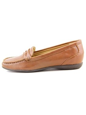 Product Image Womens Francie Closed Toe Loafers a0919f487