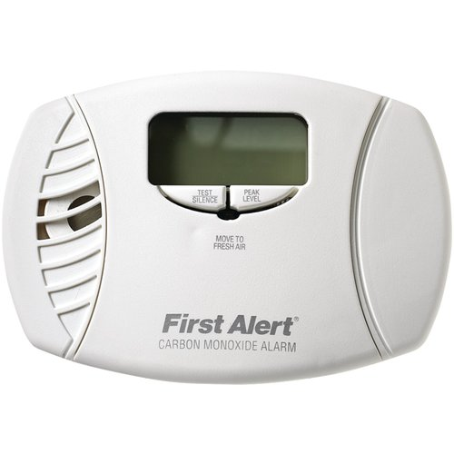 First Alert CO615 Plug-In With Battery Backup Carbon Monoxide Detector With Digital Display