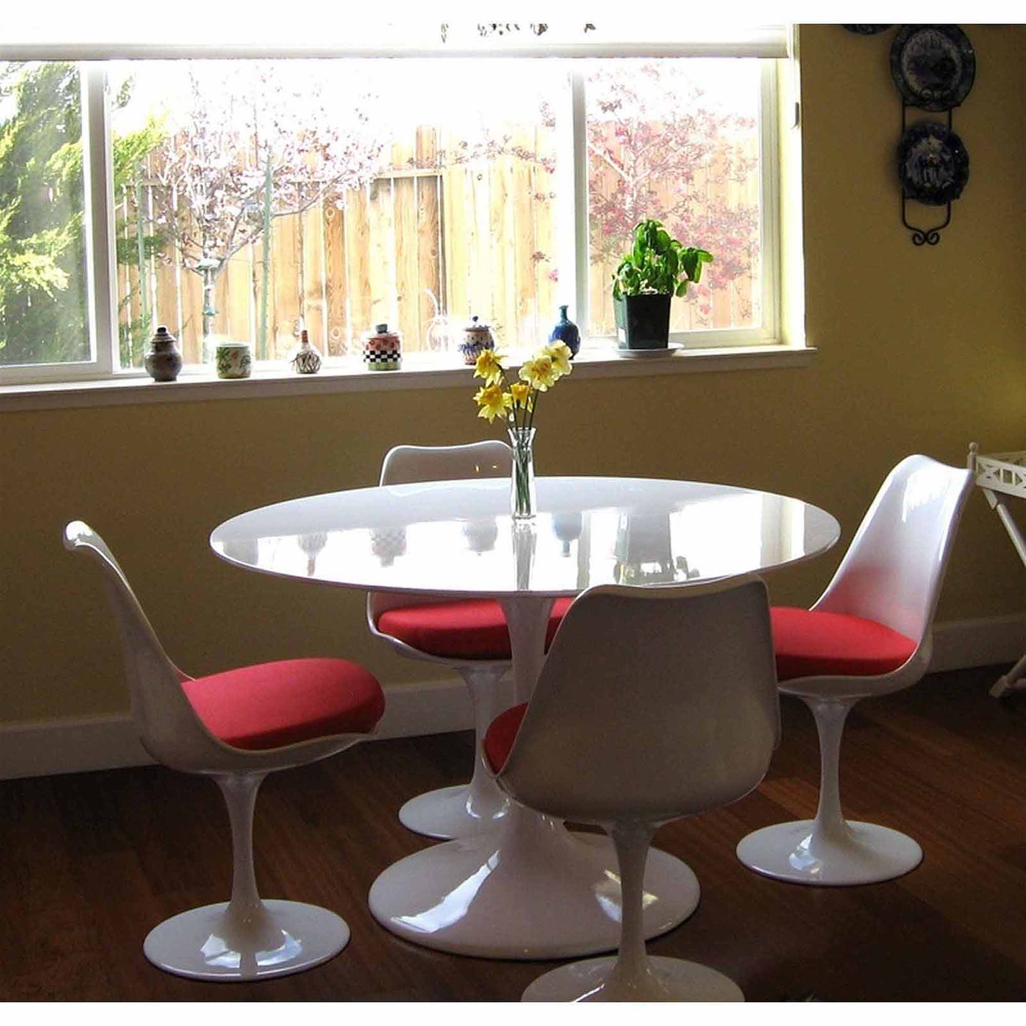 "Modway Lippa 36"" Round Fiberglass Dining Table in White"