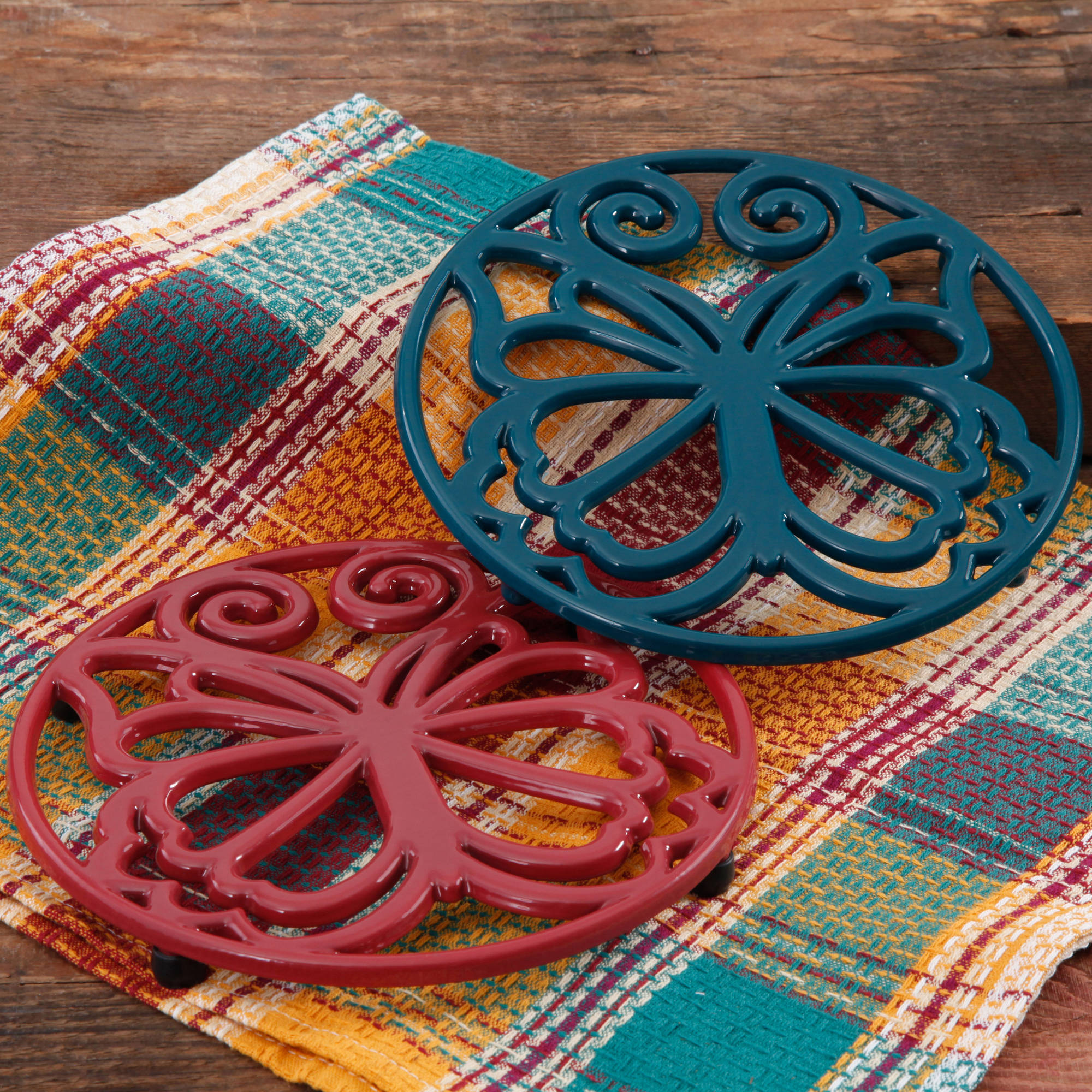 The Pioneer Woman Timeless Beauty 2-Pack 8  Claret & Teal Enameled Cast Iron Trivet Set