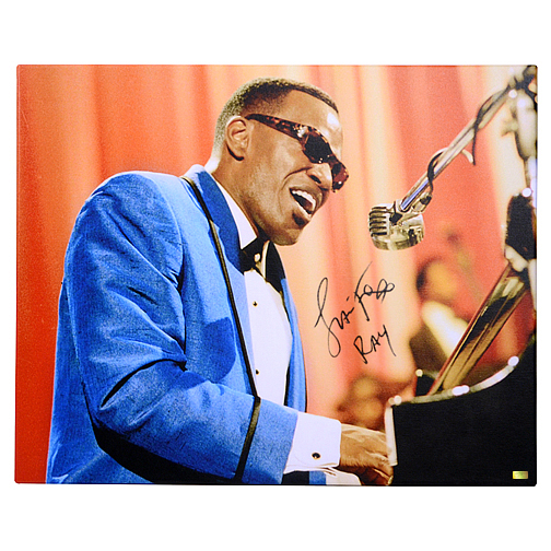 Jamie Foxx Autographed 16?20 Ray Photo