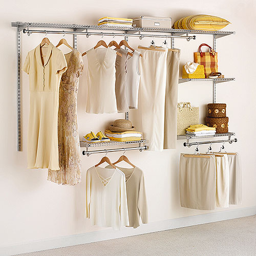 Rubbermaid 4-8 ft. Configurations Custom Closet Kit - Titanium