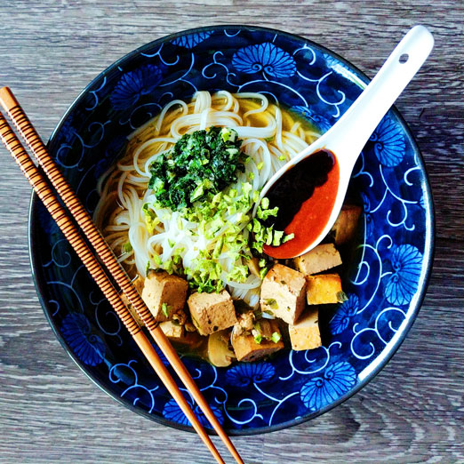 Vietnamese Pho Noodle Soup Meal Kit by Takeout Kit, Dinner for 4