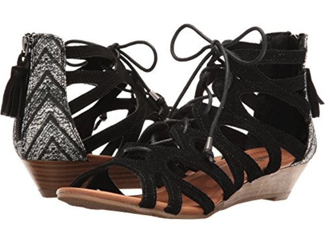 Minnetonka Womens Merida III Suede Open Toe Casual Strappy Sandals by Minnetonka
