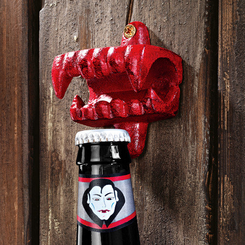 Design Toscano Fangs of The Vampire Bottle Opener