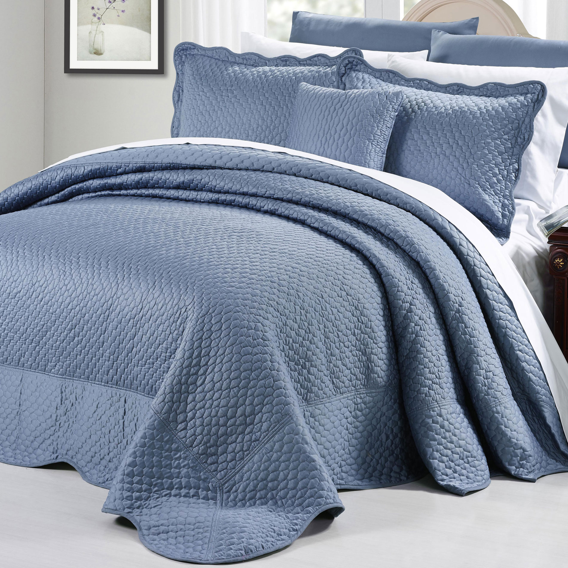 Serenta Ruffle Matte Satin 4 Piece Bed Spread Set