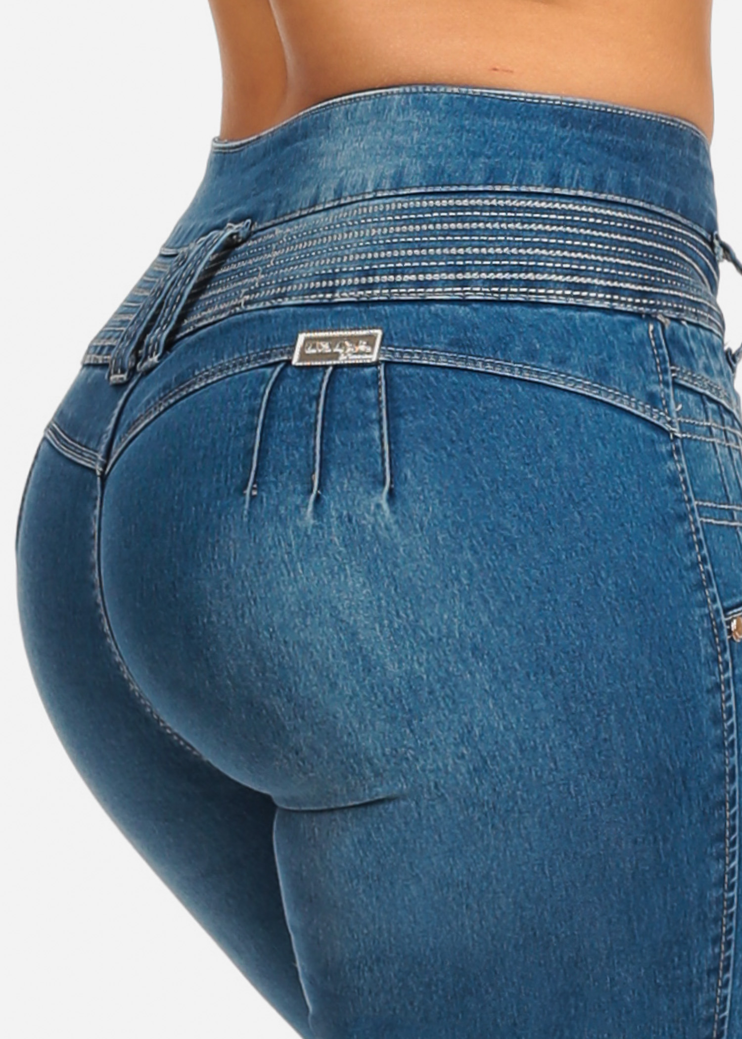 Womens Juniors Blue Light Wash Butt Lifting Push Up 4 Button Closure Colombian Design Stretchy Skinny Jeans 10121V
