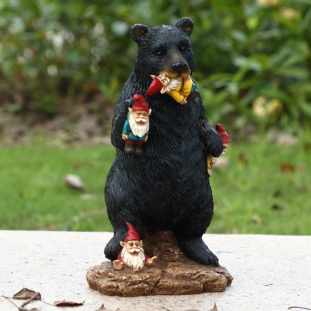 GNOMES IN TROUBLE WITH BEAR