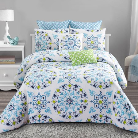Cassie 7pc Comforter Set - Charming Blue and Green Medallion Print - Machine Washable - Includes 1 Comforter + 2 Shams + 2 Euro Shams + 2 Decorative Pillows - King ()