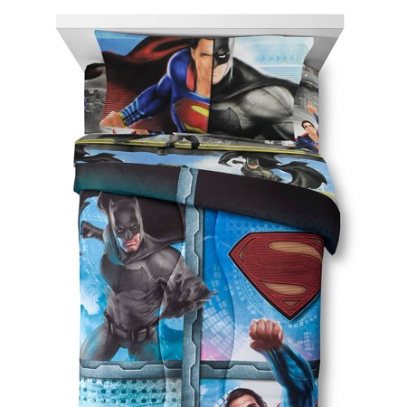 4pc Batman vs Superman Twin Bedding Set Crime and Punishment Comforter and Sheets ()