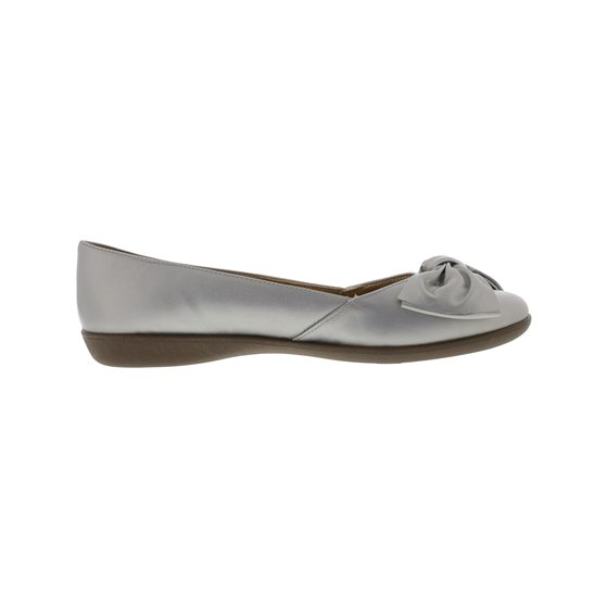 60e3523f4 The Flora Leather by Naturalizer is the ultimate casual shoe that will be a  staple in your closet. Naturalizer Women's Flora Leather Soft Silver Flat  Shoe - ...