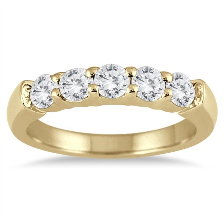 3/4 Carat TW Five Stone Diamond Wedding Band in 14K Yellow