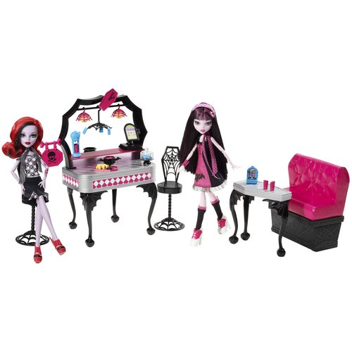 Monster High Die-Ner Play Set Plus Draculaura and Operetta Dolls