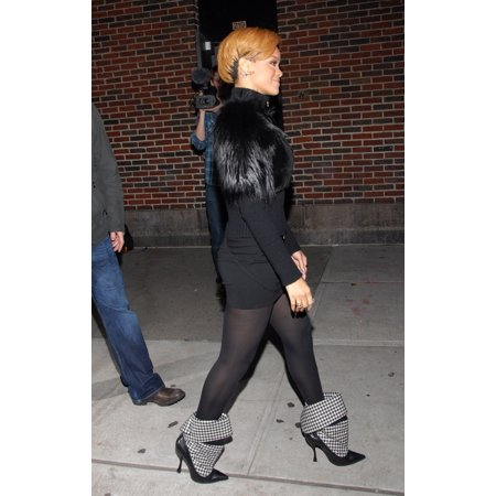 Rihanna At Talk Show Appearance For The Late Show With David Letterman - Tue Ed Sullivan Theater New York Ny November 24 2009 Photo By Desiree NavarroEverett Collection Celebrity