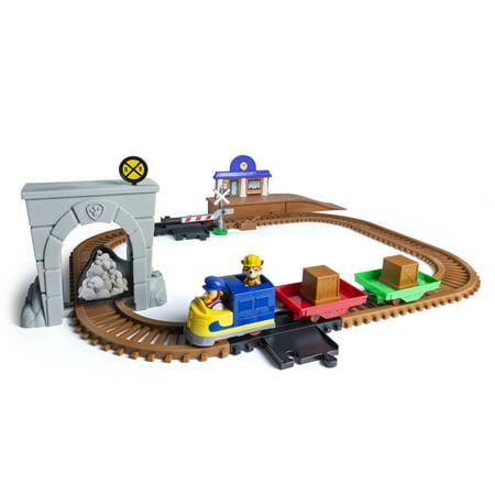 Paw Patrol Adventure Bay Railway Track Set With Exclusive