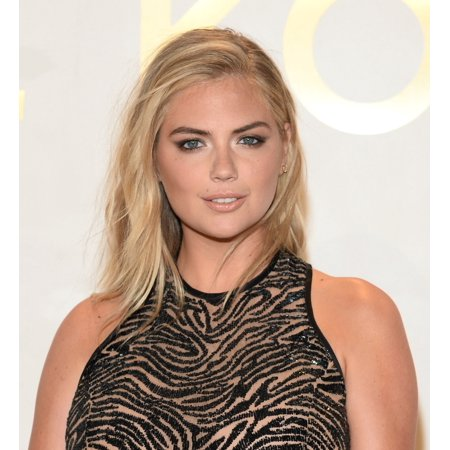 Kate Upton At Arrivals For The Michael Kors Gold Collection Fragrance Launch Canvas Art     16 X 20